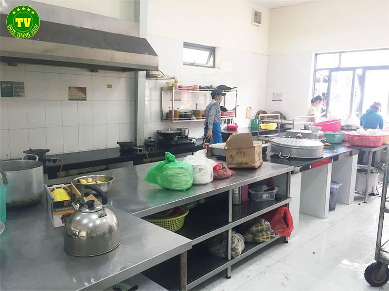thiết bị bếp nhà máy